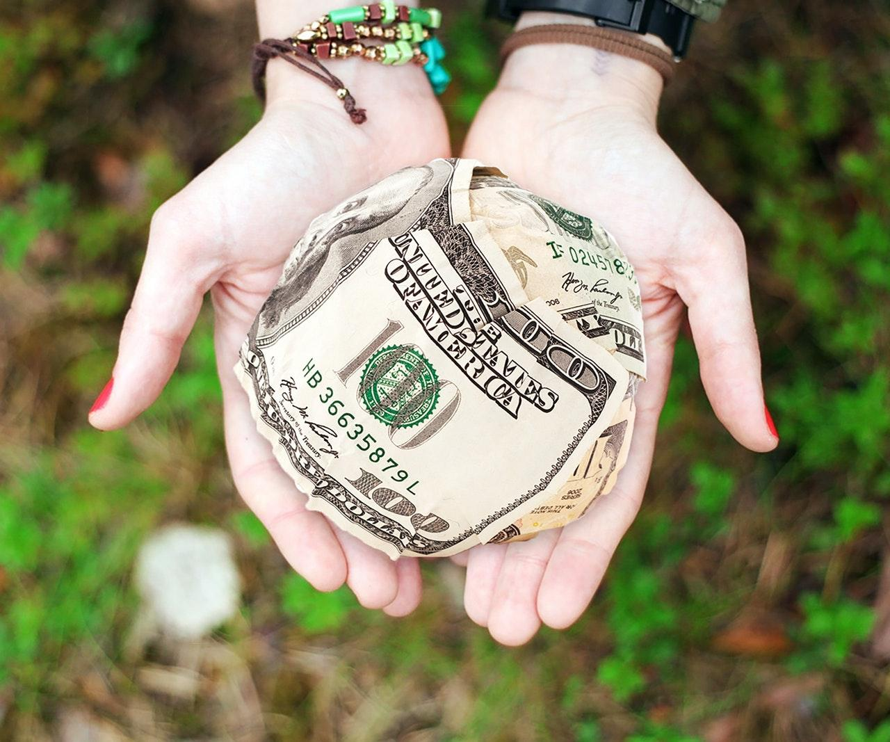 cash dollar hands
