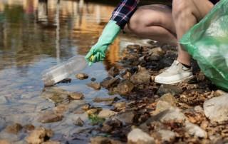 ecology trash picking up garbage